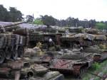 Кладбище танков возле парка Партизанской славы