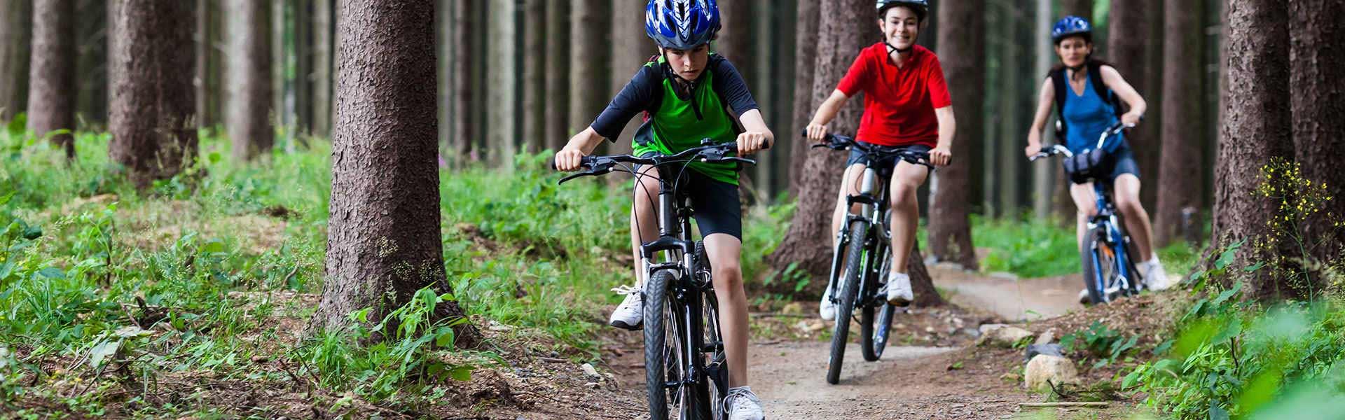 family-bike-ride-1
